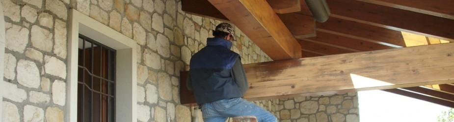 Sistemazione e restauro travi in legno
